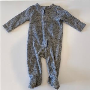 Old Navy Footie Pajamas 6-9 Months